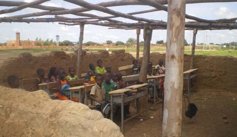 Education: Ecoles sous paillotes dans le Gourma, l'autre visage de l'école burkinabè