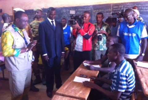 Municipales partielles: Le scrutin se déroule normalement
