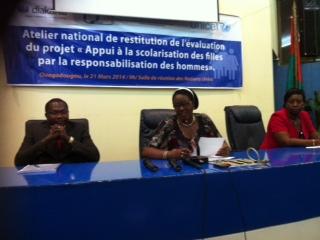 Education au Burkina: L'approche masculinité au service  de  la scolarisation et du maintien des filles à l'école.