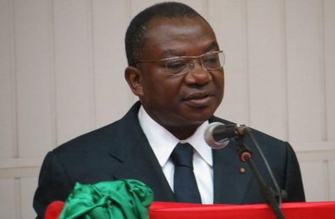 Lucien BEMBAMBA, ministre de l'Economie et des Finances: «Nous avons voulu rendre visible et tangible l'engagement du Gouvernement à veiller davantage à une meilleure répartition des fruits des performances économiques»
