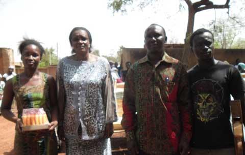 Mesures sociales du gouvernement: Des jeunes bobolais ont reçu du matériel  de travail