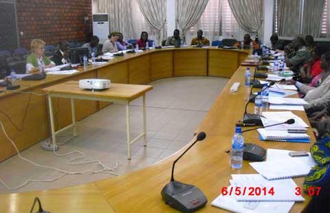 Santé: le Programme santé sexuelle, droits humains fait le bilan de ses activités de 2013
