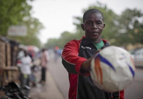 Burkina-Espagne: «Je sauterai les barbelées de Melilla, coûte que coûte!»
