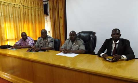Police nationale:    Les Directeurs centraux, régionaux et provinciaux à l'école de la com