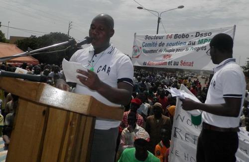 Bobo: Le C.A.R en marche contre le référendum