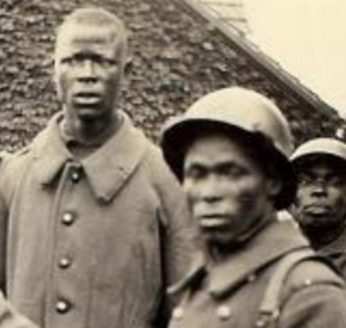 Et si la xénophobie actuelle en France tenait sa source du mépris de celle-ci envers le rôle des tirailleurs Sénégalais?