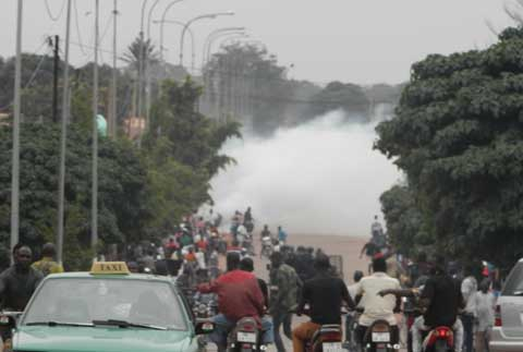 Bobo: Interdit, le sit-in du Balai Citoyen a été dispersé à coup de gaz lacrymogènes
