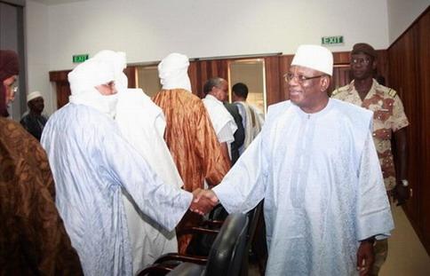 IBK sera-t-il favorable à un «accord» à Alger en 2014 après avoir subi celui de 1992 et avoir été hostile à celui de 2006? (1/2)