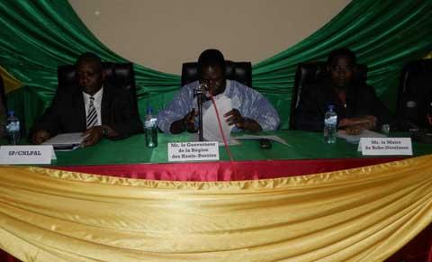 Bobo: La commission nationale de lutte contre la prolifération des armes légères sensibilise
