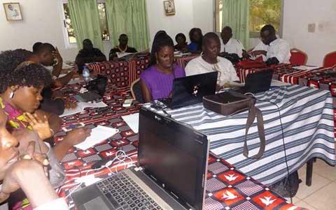 Education pour tous: Des journalistes formés pour s'engager