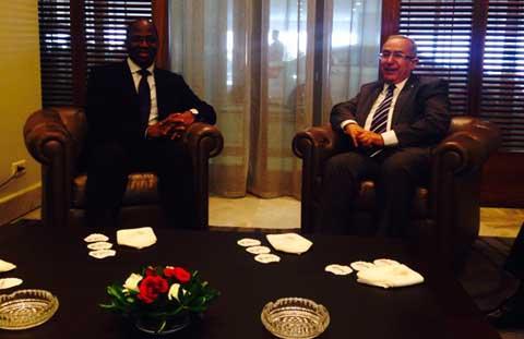 Pourparlers de paix au Mali: le Burkina Faso encourage les parties à persévérer dans la voie du dialogue
