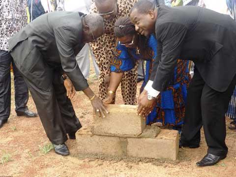 Projet Canal du Moogho Naaba de la Commune de Ouagadougou: De matériaux de construction pour les  personnes affectées