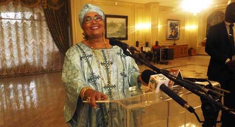La première promotion mixte du PMK présente ses résultats à Chantal Compaoré