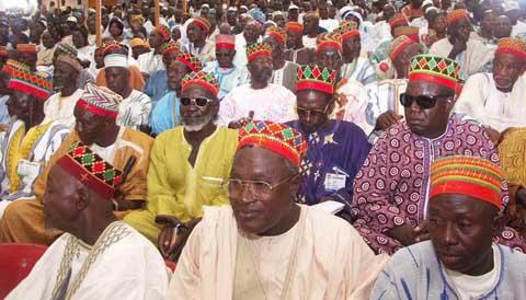 Le Plateau du week-end: Les chefs traditionnels doivent-ils faire la politique?