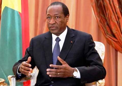 Le Président Compaoré face à la presse à Washington: «Il n'y a pas d'institutions fortes sans hommes forts»