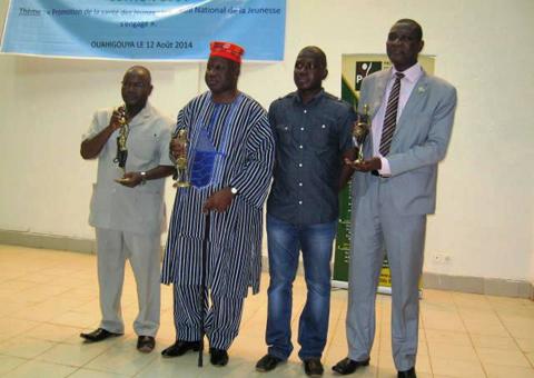 Nuit de la jeunesse du Burkina: des trophées et des attestations de reconnaissance attribués à ceux qui font la promotion des jeunes
