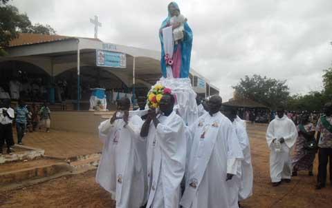 Fête de l'Assomption: L'Eglise famille a célébré  l'élévation de la Vierge Marie au ciel