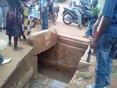 Ouagadougou: deux personnes emportées par les eaux de pluie à Dapoya