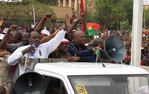 Marche-meeting de l'opposition: La mairie refuse l'itinéraire pour des «raisons de sécurité et d'ordre public»