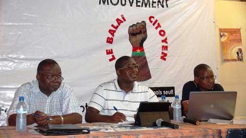 Les hommes forts et les institutions: Le Balai citoyen suscite le débat