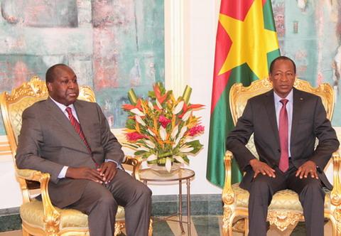 Dialogue politique: Blaise Compaoré rencontre la majorité et l'opposition
