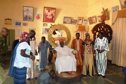 L'Association des chansonniers traditionnels de Ouagadougou s'engage pour la paix au Burkina