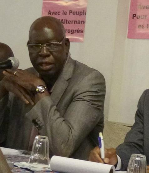 Salif Diallo lors de la rencontre avec les Burkinabè de France le 21 septembre à Paris:  «Notre pays n'est pas un jardin privé»