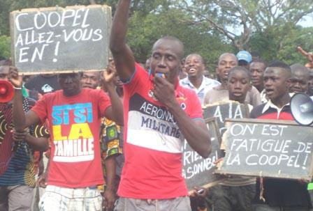 Sindou: La population en colère contre la Coopérative d'électricité (COOPEL)