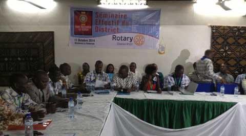 Rotary International: former les membres au développement des effectifs