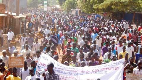 Projet de modification de l'article 37: à Dédougou les gens ont répondu à l'appel à la désobéissance civile du CFOB