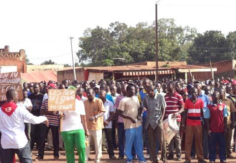 Marche contre la vie chère à Banfora: Un scandale évité de justesse au Gouvernorat