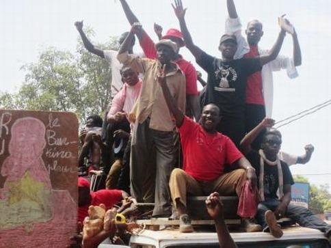 Les leaders du Balai citoyen et de mouvements de jeunes qui ont été arrêtés hier à Bobo pour incitation à la violence ont été libérés ce midi