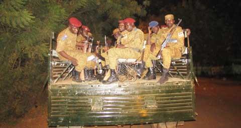 Couvre-feu: Avec les «équipes cobras» du commandement opérationnel
