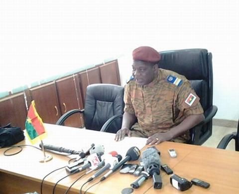 Transition politique au Burkina: la Constitution  est rétablie