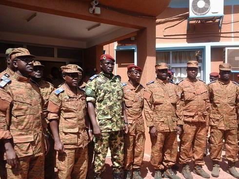 La leçon républicaine de l'armée burkinabè