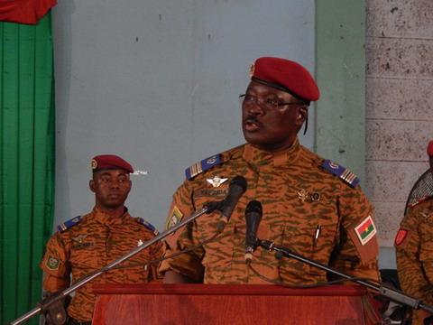 «Les hommes politiques feraient mieux d'écouter la voix du peuple», dixit Lt-col Yacouba Zida