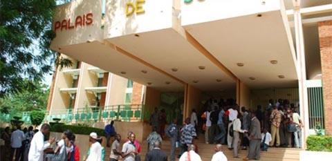 Transition politique: Le Syndicat burkinabè des magistrats appelle à «doter le Burkina d'une nouvelle Constitution à la hauteur des aspirations profondes actuelles du peuple»