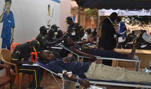 Soutien aux blessés de l'insurrection populaire: Techno Security apporte du sang