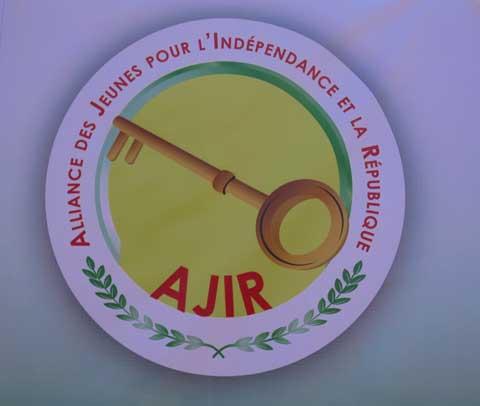 Inhumation des victimes de l'insurrection populaire: l'Alliance des Jeunes pour l'Indépendance et la République appelle à une «mobilisation historique» ce mardi 2 décembre