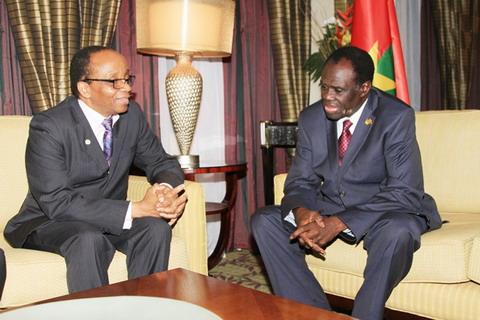 Pierre Ouédraogo de la Francophonie numérique échange avec le Président du Faso