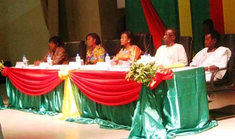 Violences faites aux femmes: le Burkina réaffirme sa détermination à vaincre le fléau