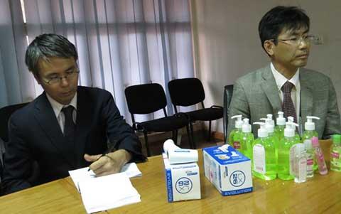 Lutte contre Ebola: Le Japon fait don de matériels