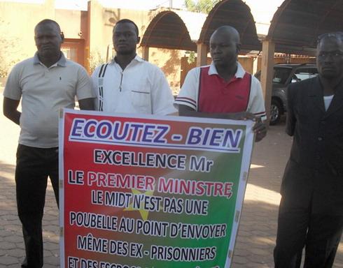 Exigence de la démission du ministre Moumouni Guiguemdé: Le personnel du ministère des infrastructures persiste et signe