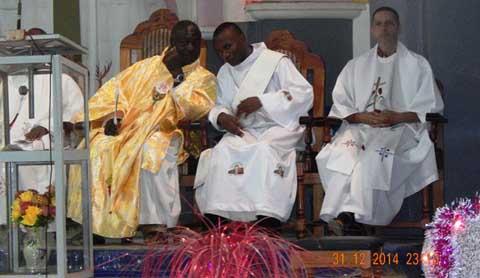 Messe du nouvel an: «2015 sera ce que chacun voudra qu'elle soit», dixit Abbé Patrice KABORE