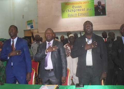 Présidentielle 2015: Des jeunes appellent Djibril Bassolé à se porter candidat indépendant