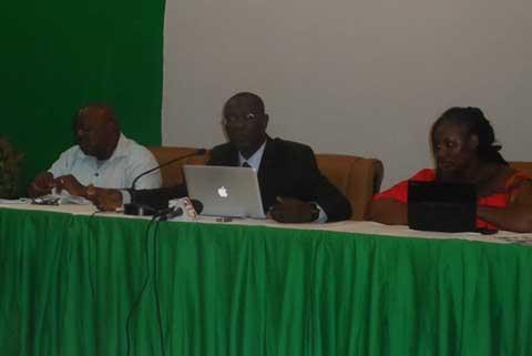 Transition politique au Burkina: La communauté internationale doit renforcer son implication