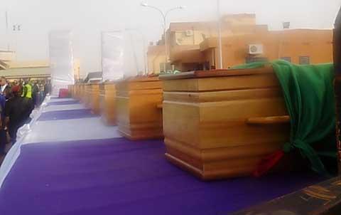 Arrivée des dépouilles des victimes du crash d'avion: Larmes et tristesse à l'aéroport de Ouagdougou