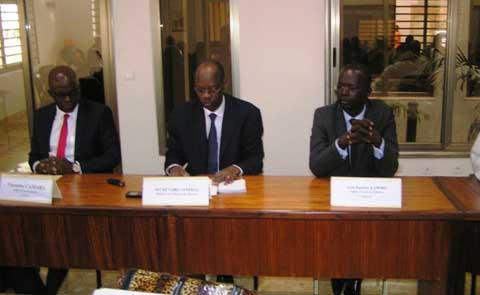 Fonds de développement de l'électrification (FDE): Jean Baptiste Kaboré s'en va, Yacouba Camara s'installe