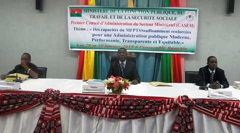 CASEM du Ministère de la fonction publique: Vers une administration publique performante, transparente et équitable?