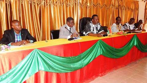 Boucle du Mouhoun: le ministre des Sports et des loisirs, David Kabré, face aux acteurs du sport